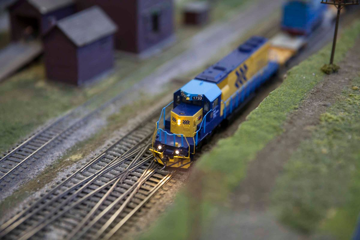 2016-04-17 Supertrain Model Train Show 1