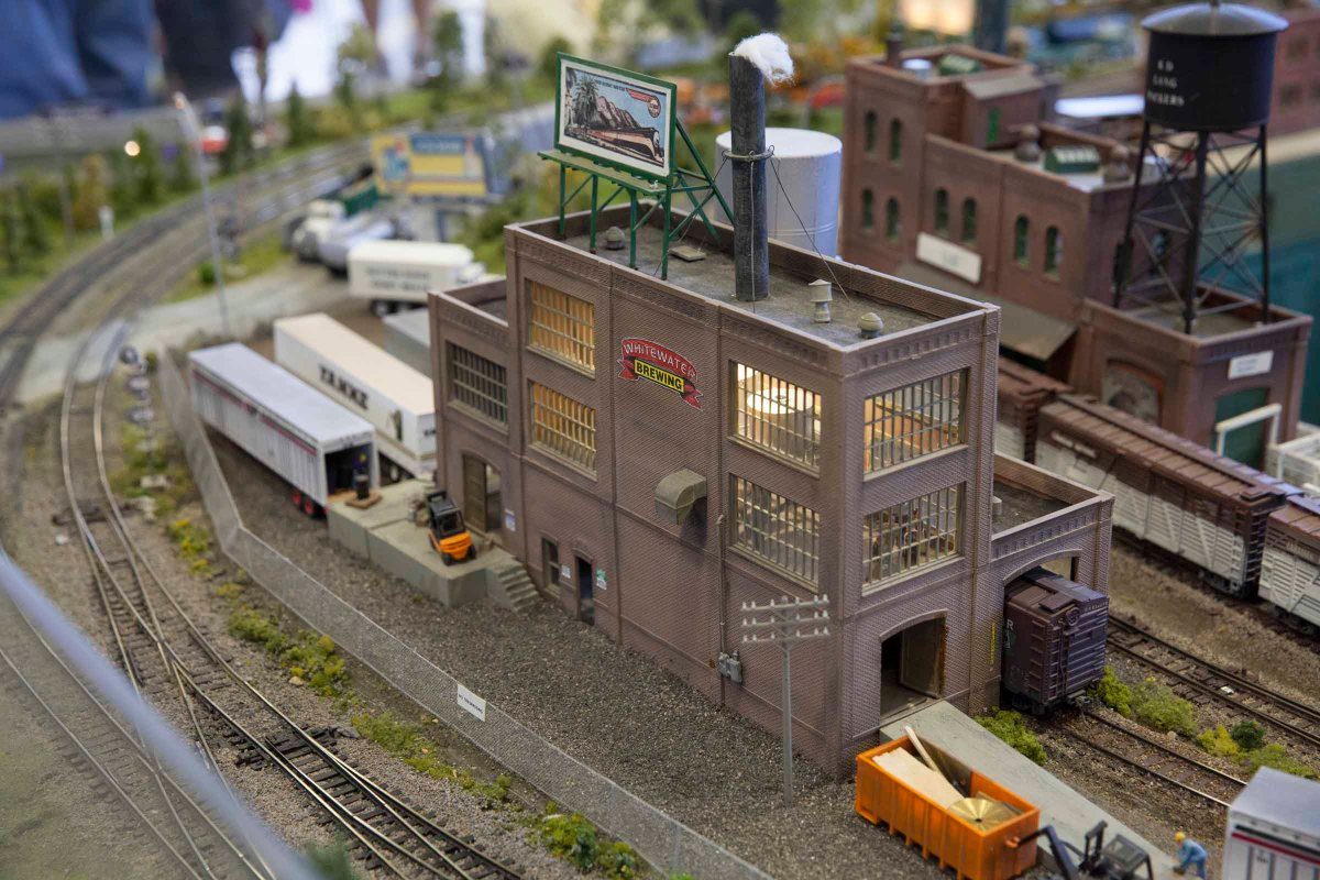 2016-04-17 Supertrain Model Train Show 41