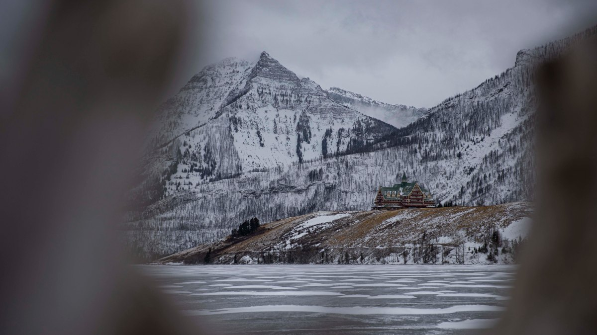 2019-12-29 Waterton Lakes National Park & Lundbreck Falls 31