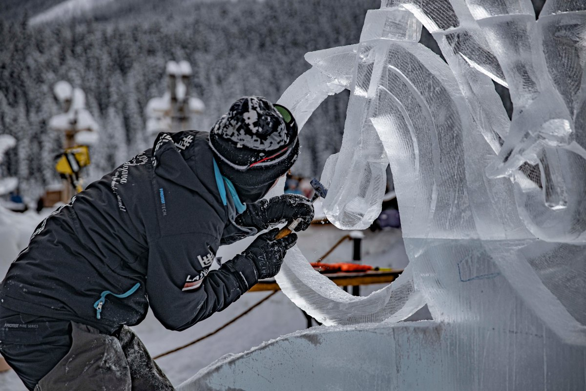 2020-01-17 Lake Louise Ice Sculptures 26