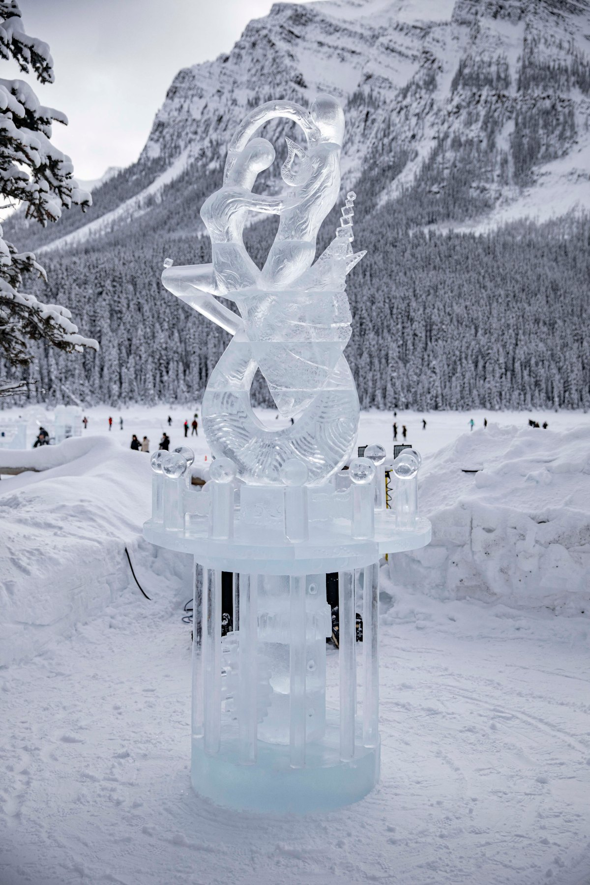 2020-01-17 Lake Louise Ice Sculptures 39