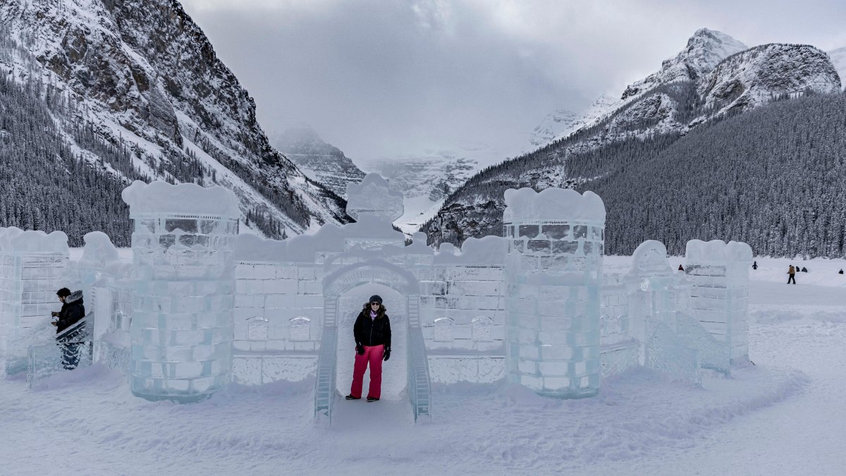 2020-01-17 Lake Louise Ice Sculptures 45