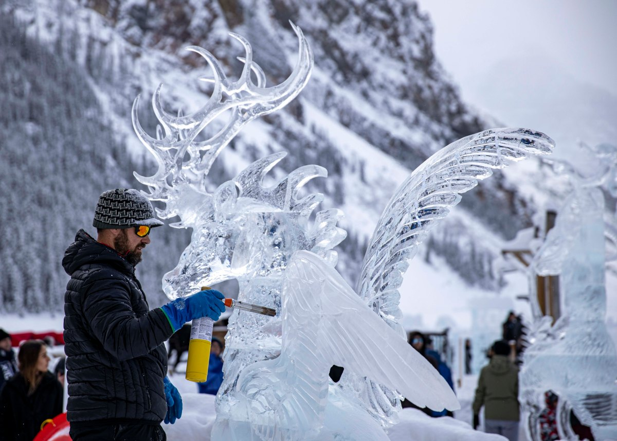 2020-01-17 Lake Louise Ice Sculptures 48